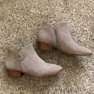 Jack Rogers ankle boots. Size 7
